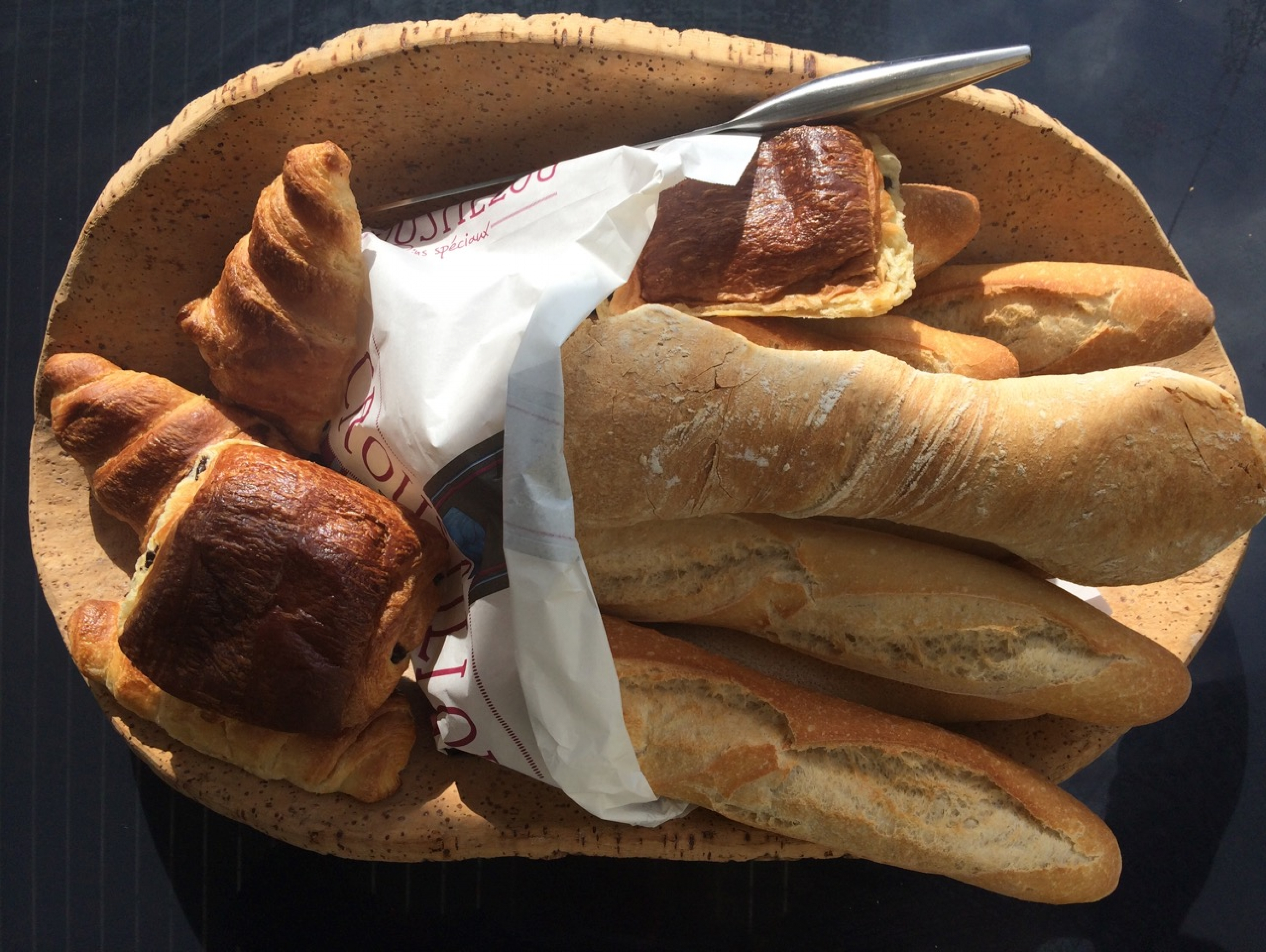 Fresh Bread and Pastries Sancture Sportifs